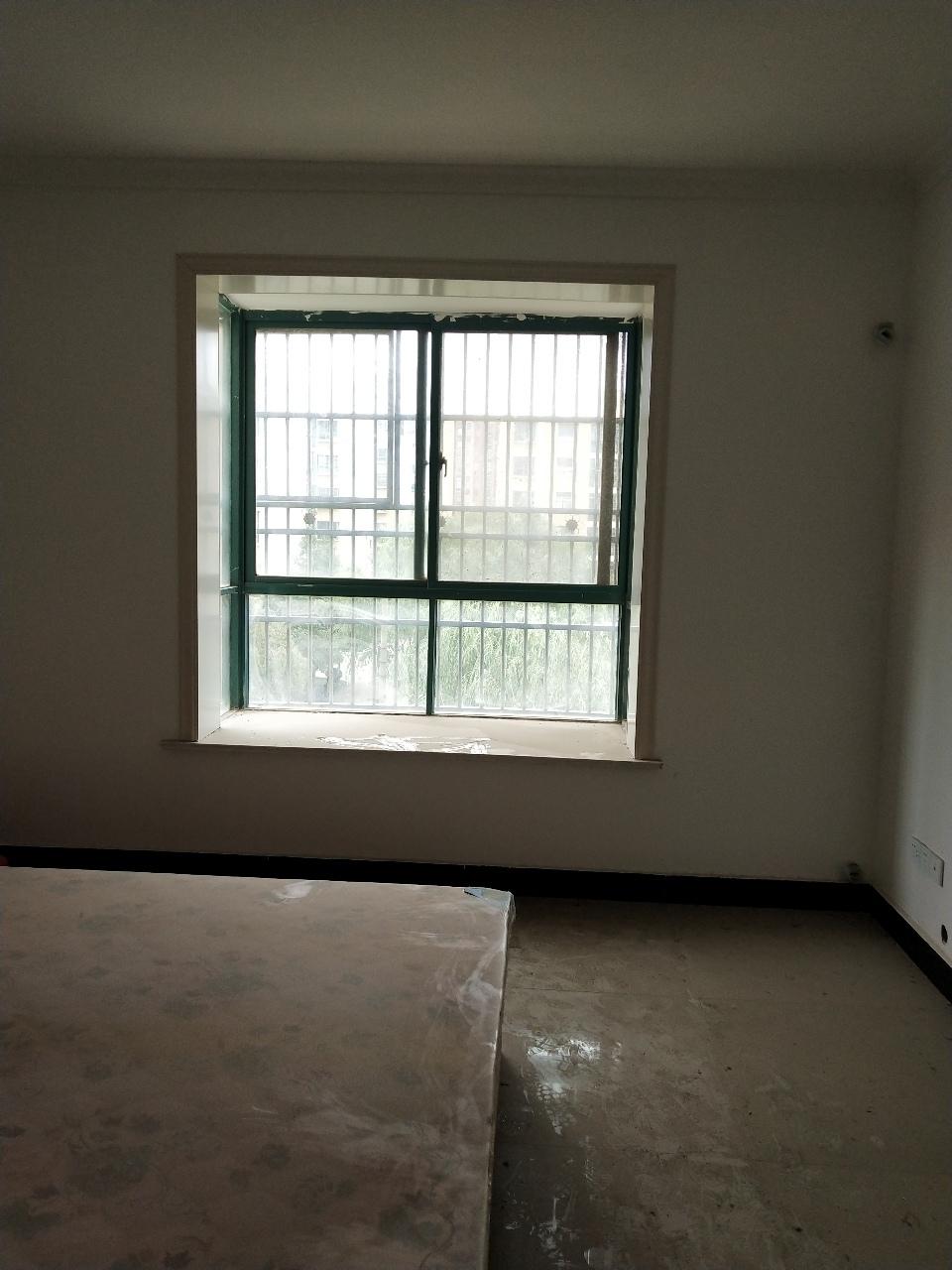 华夏花城3室 2厅 1卫38万元