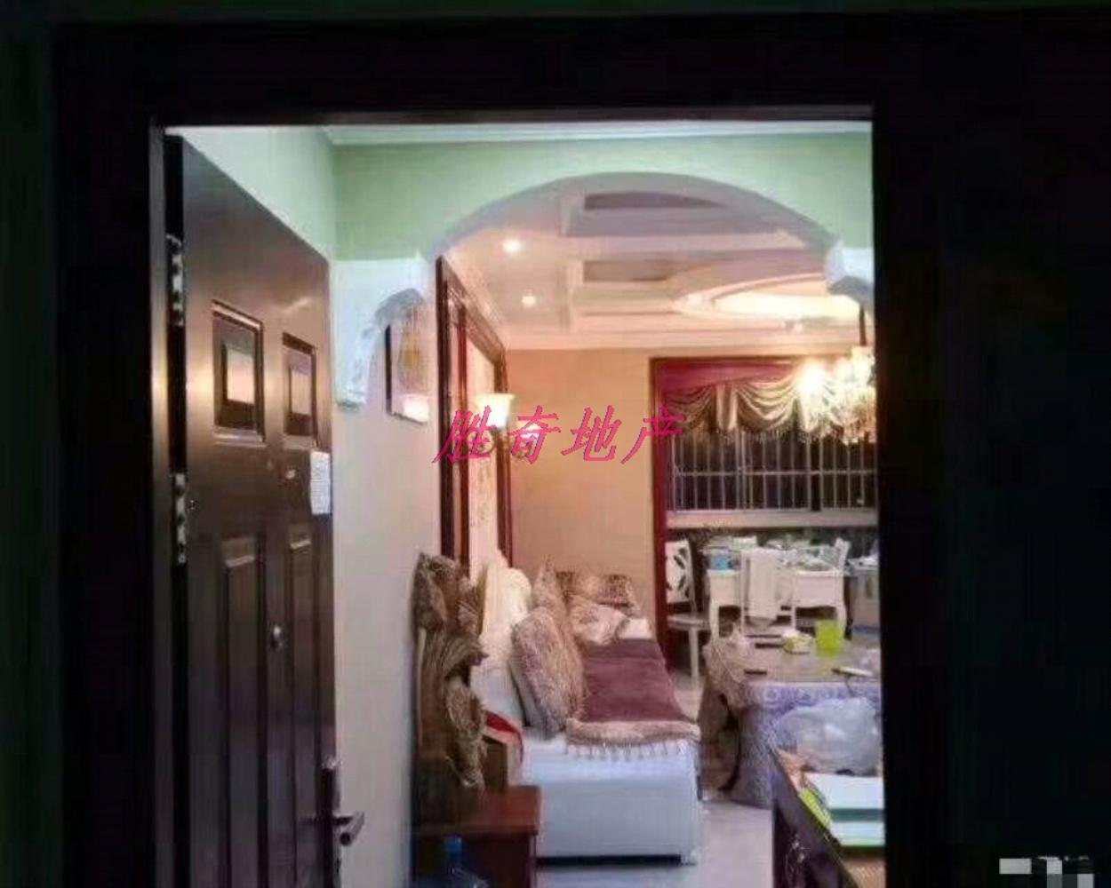 金汇苑3室 1厅 1卫78.8万元
