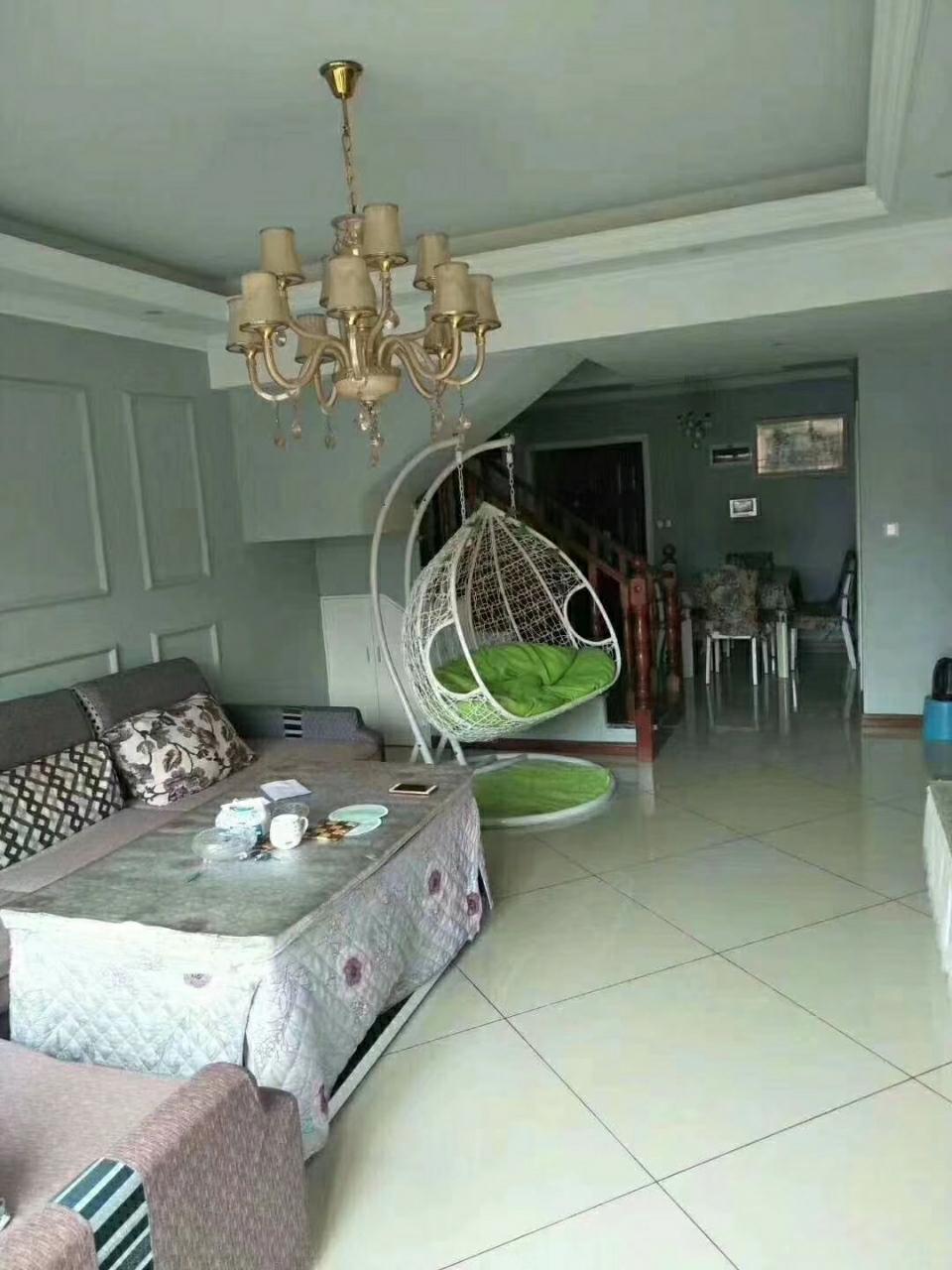 磐石洋房楼中楼精装房4室 2厅 2卫98万元
