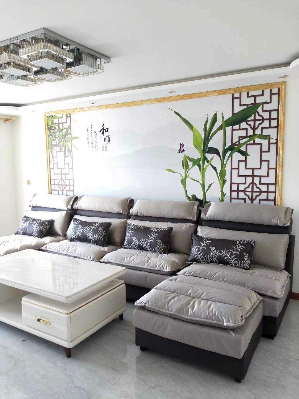 新世纪花园精装两室,适合婚房,低价出售