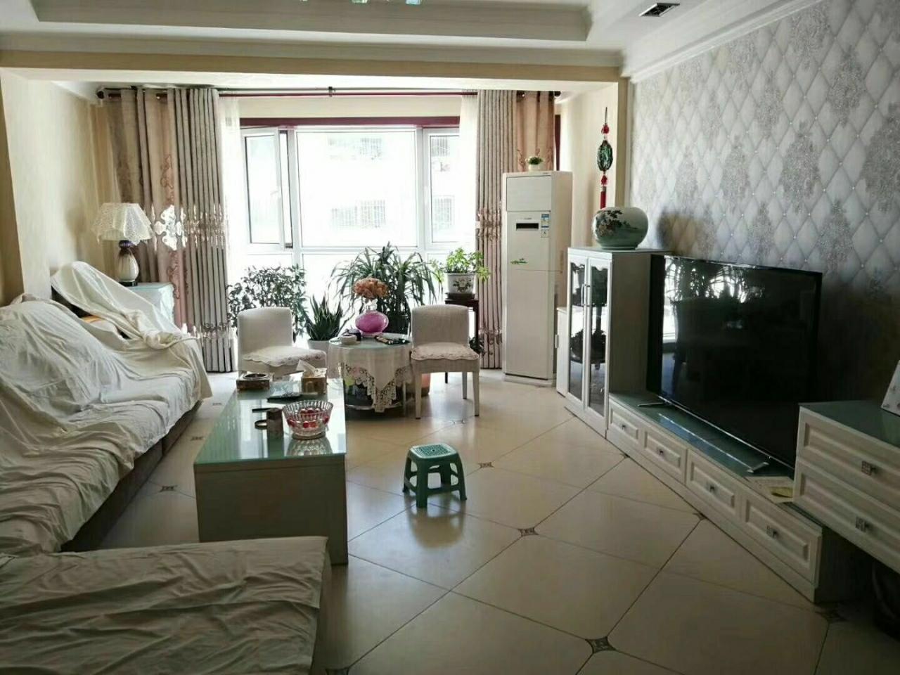 紫轩花苑C区3楼3室 2厅 1卫76万元