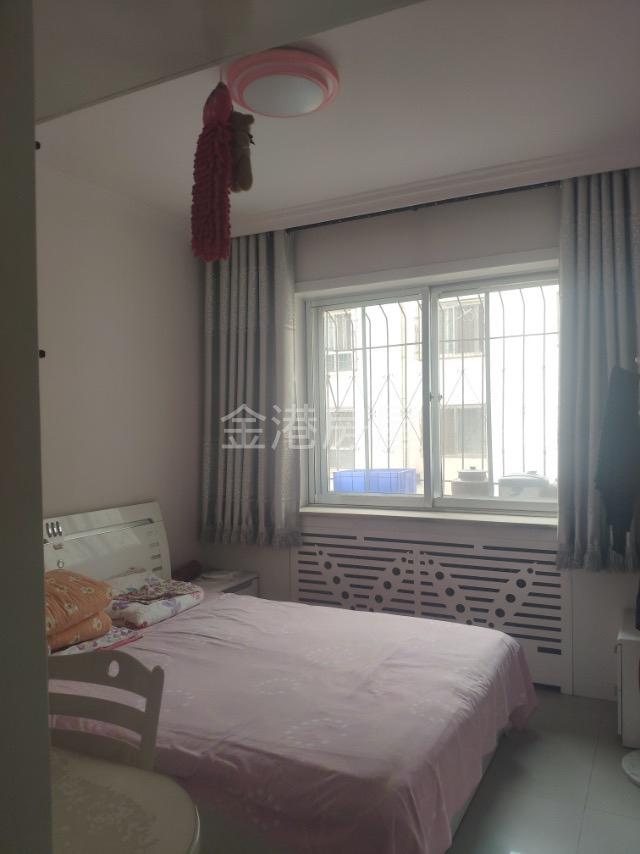 【金港房屋】怡园小区 2层2室 2厅 1卫42万元