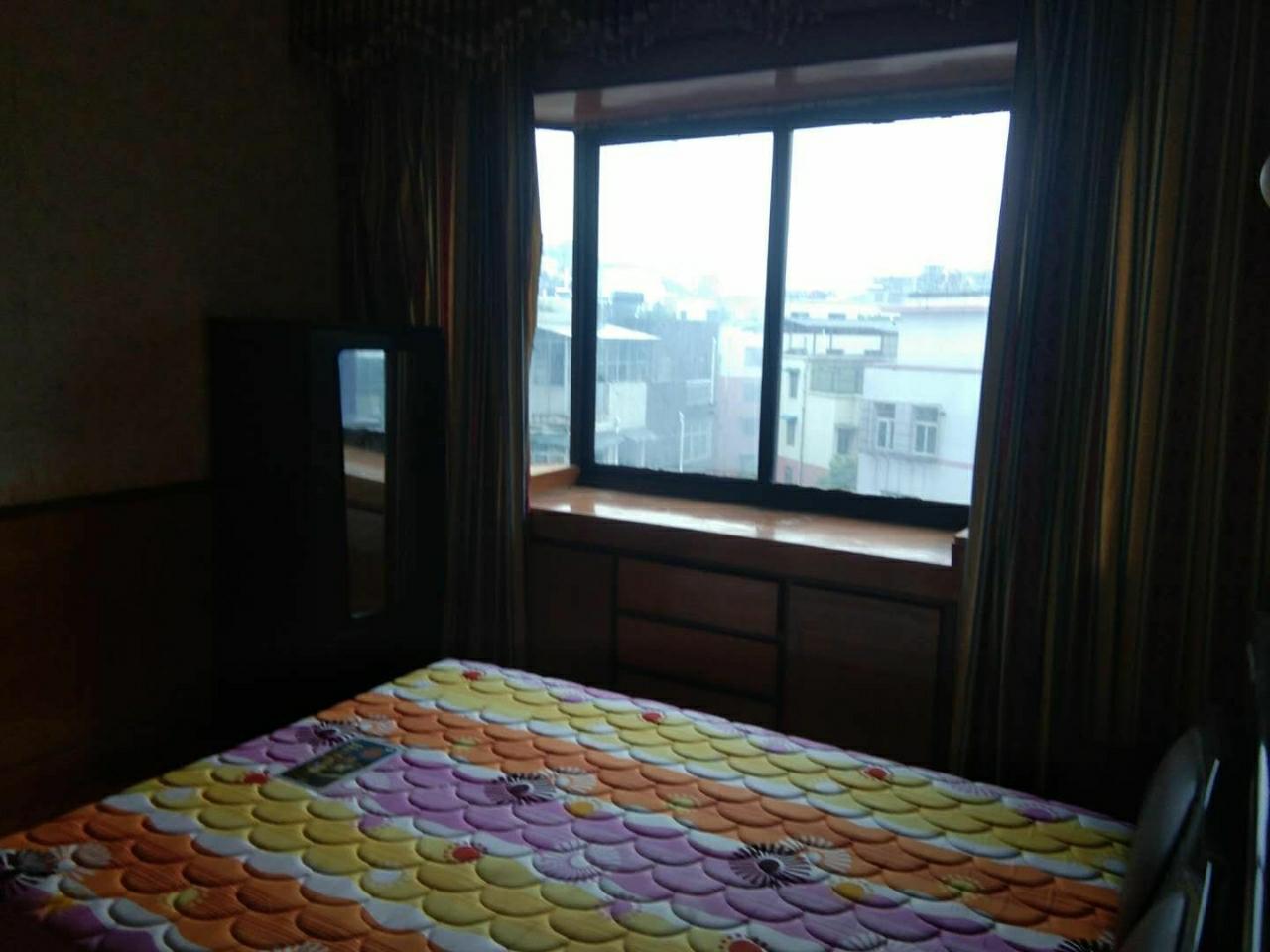 南江花园3室 1厅 1卫39.8万元