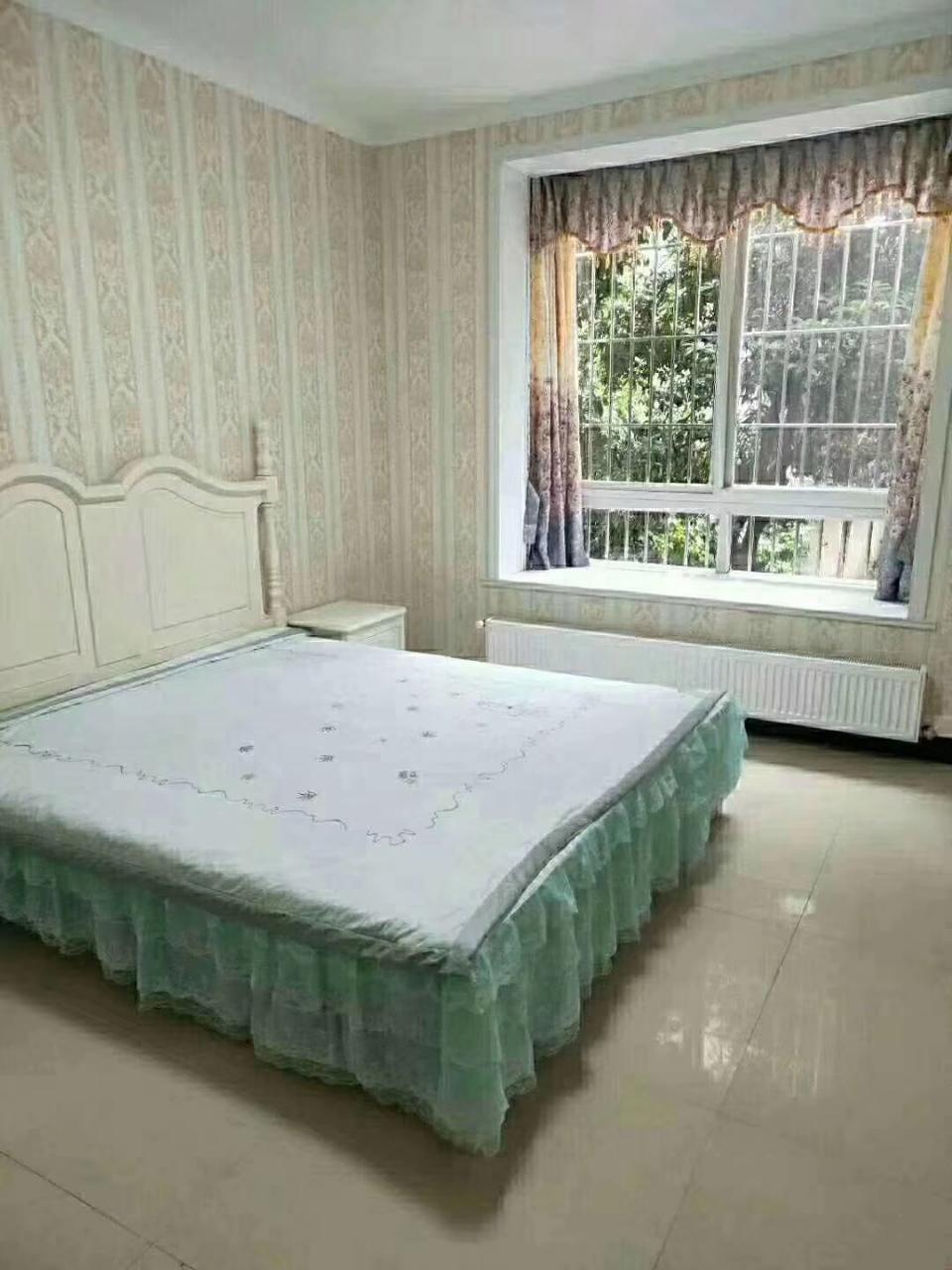 仁寿大道雅郡苑抬高一楼3室 2厅 2卫66.8万元