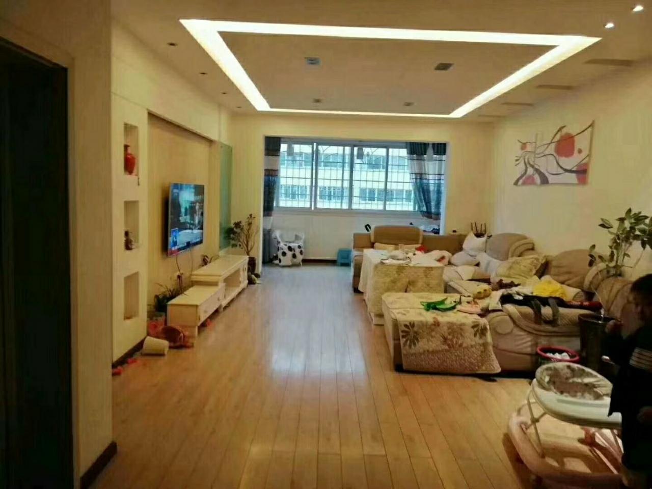 紫江花园低首付15万优质房!