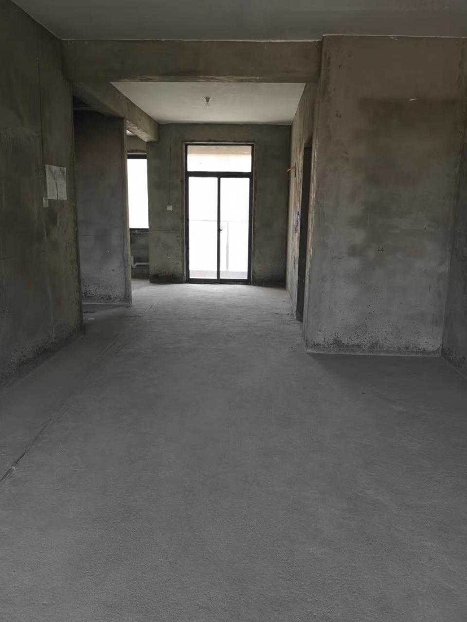 正和一中公园3室 2厅 2卫70万元