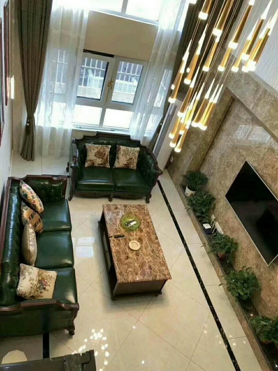 聚龙双苑3室 2厅 2卫116.8万元