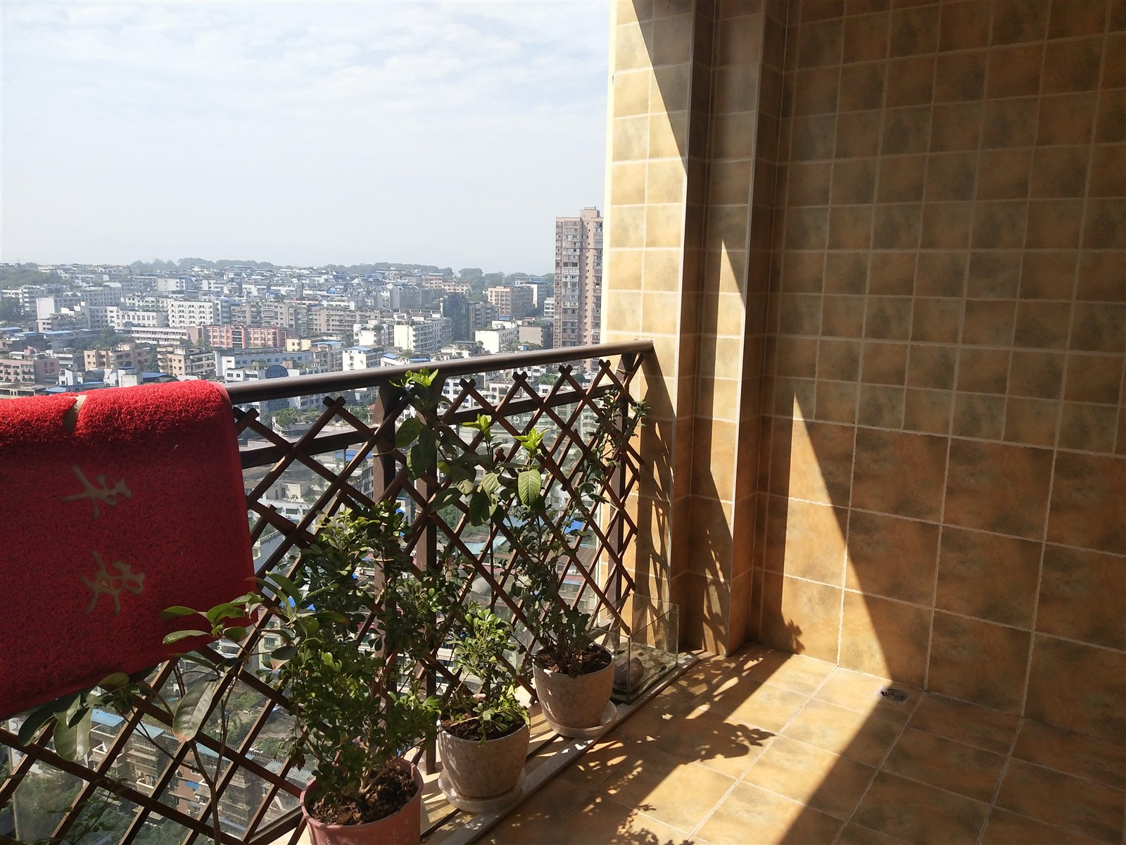 实图 福地看江房 送两个大阳台