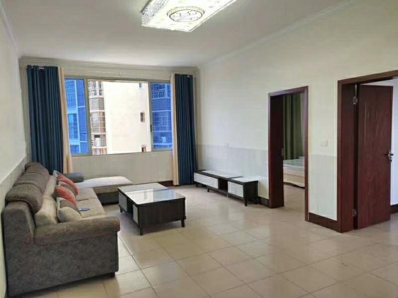 香樟林小区附近4室 2厅 2卫45.8万元