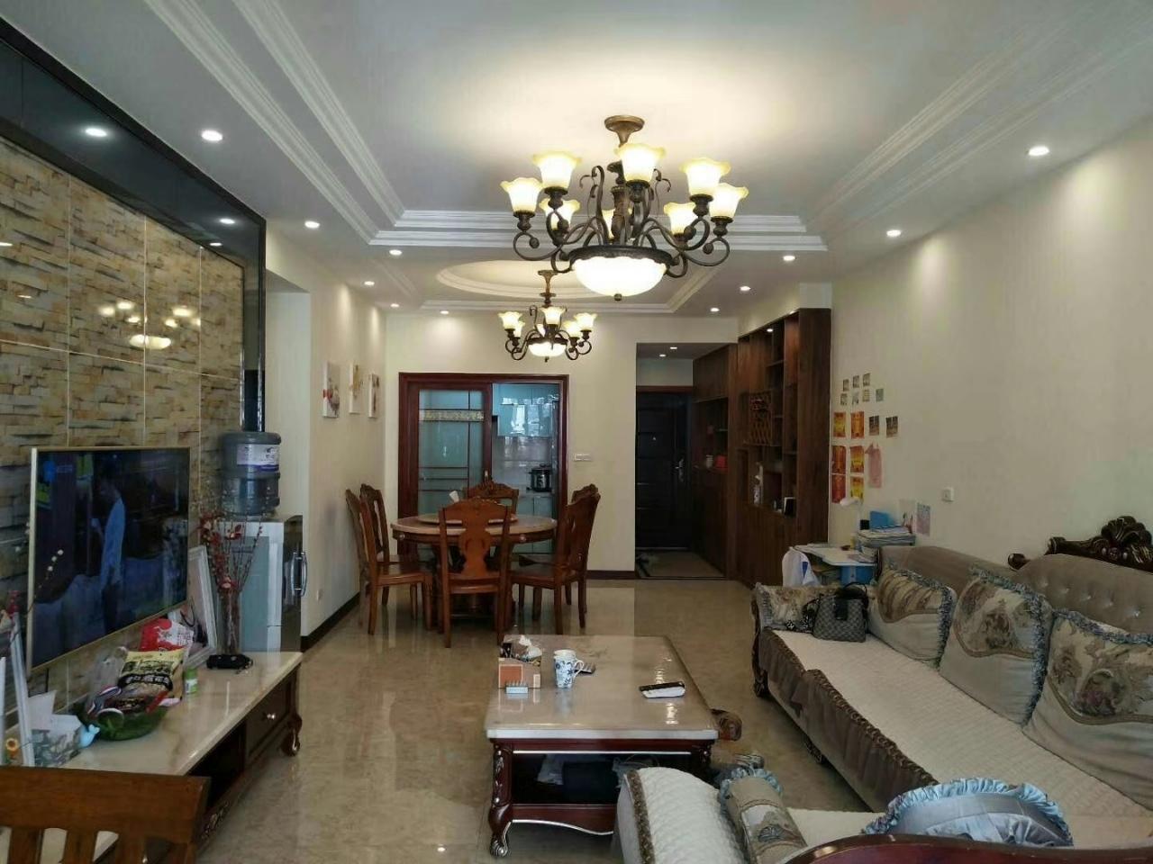 国平·时代天街3室 2厅 2卫91万元