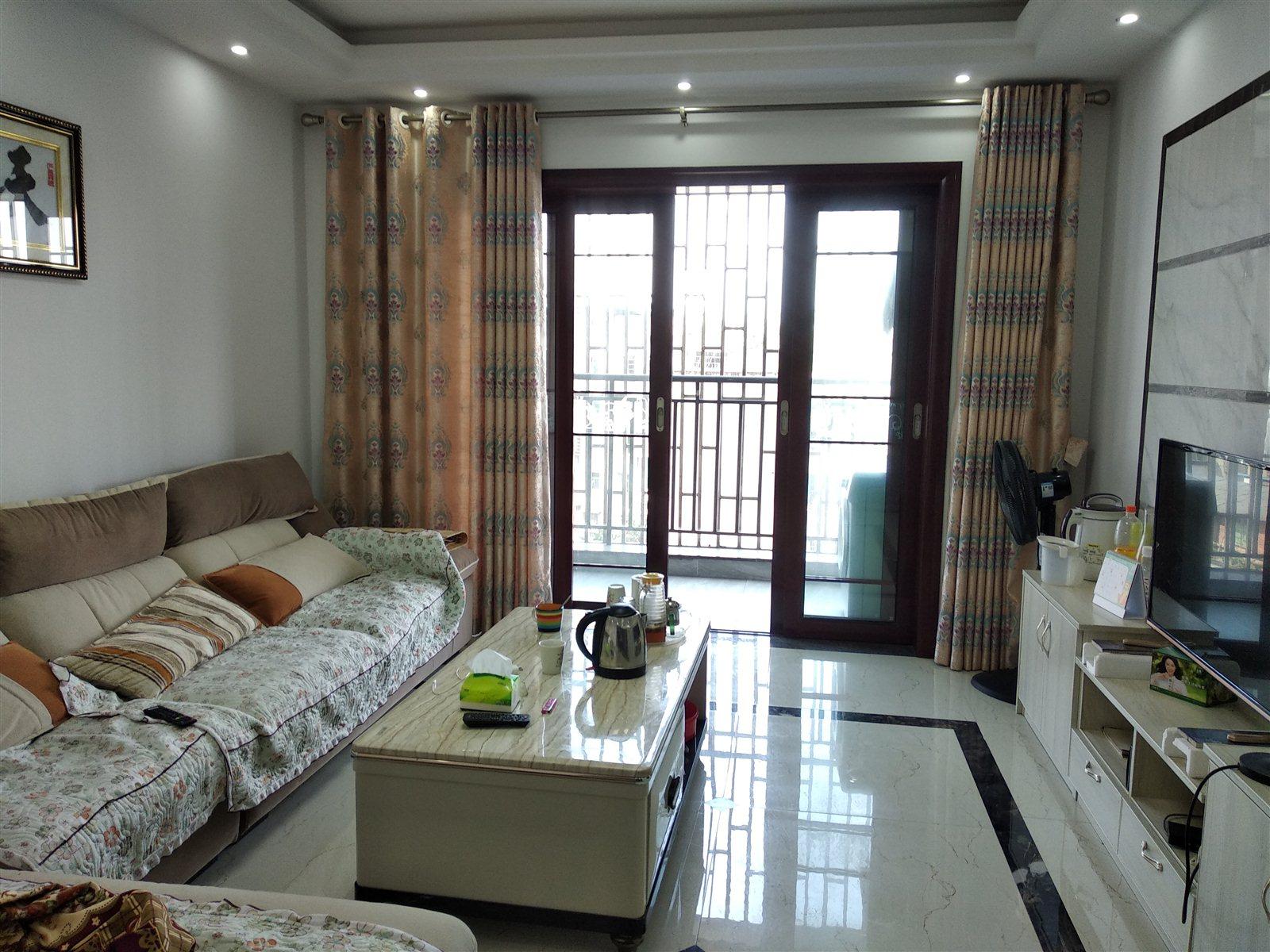 张家沟电梯公寓精装2室 2厅 1卫43.8万元