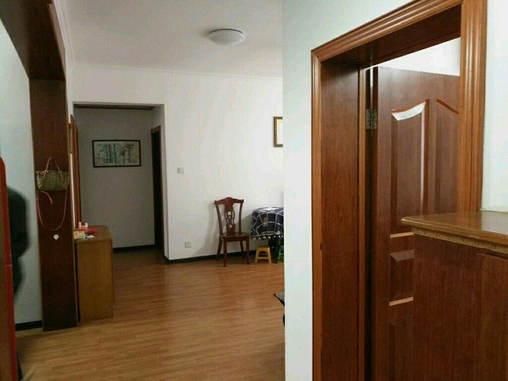 物华福邸3室 2厅 1卫96万元