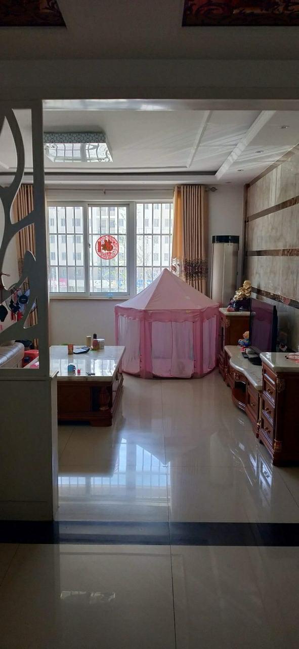 金都馨和湾3室 2厅 2卫75万元