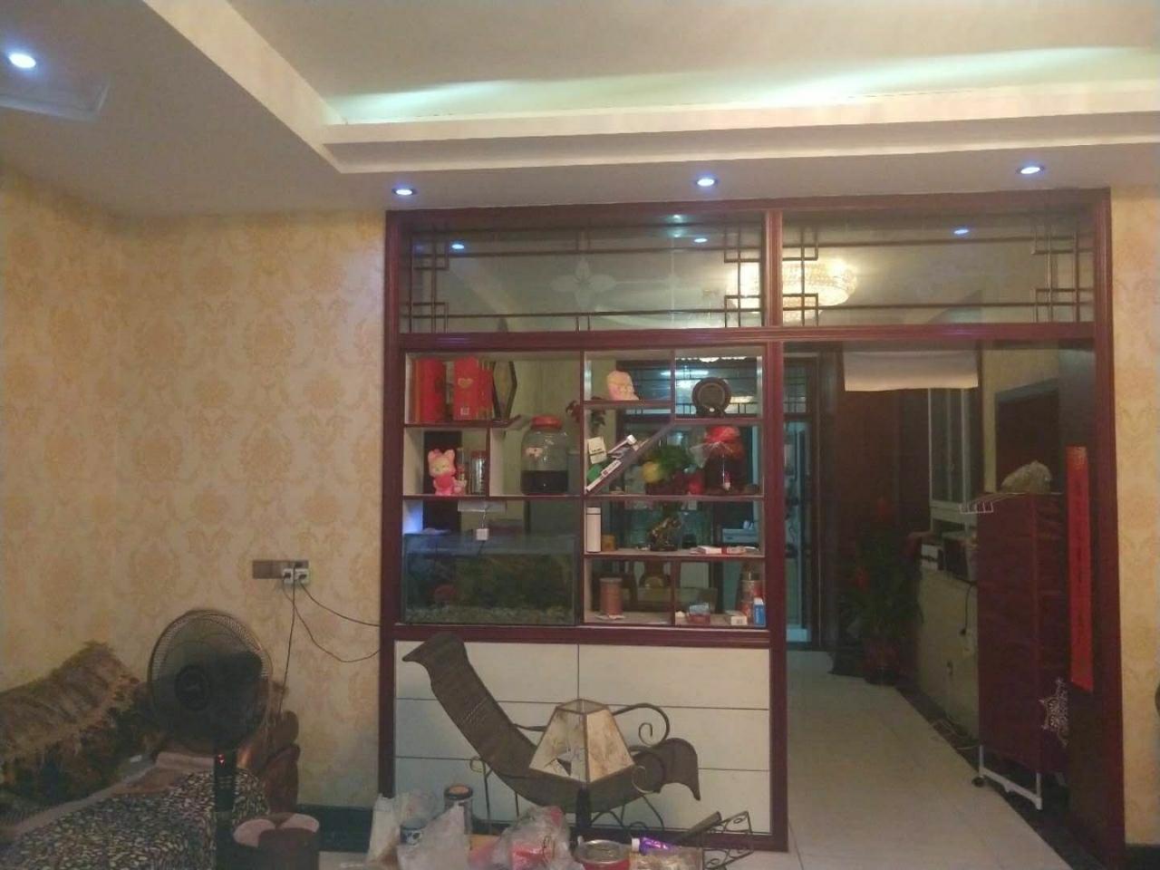 旅游餐厅3室 2厅 1卫34.5万元