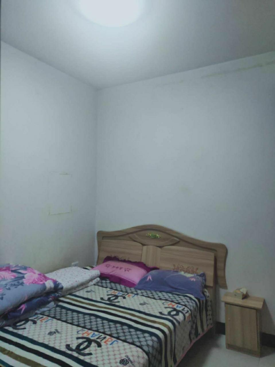马头寨小区3室 1厅 1卫25.8万元