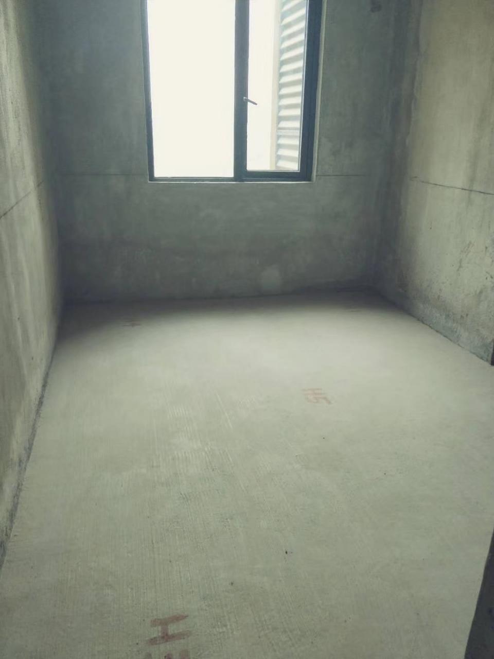 后叶小区4室 2厅 2卫28.8万元
