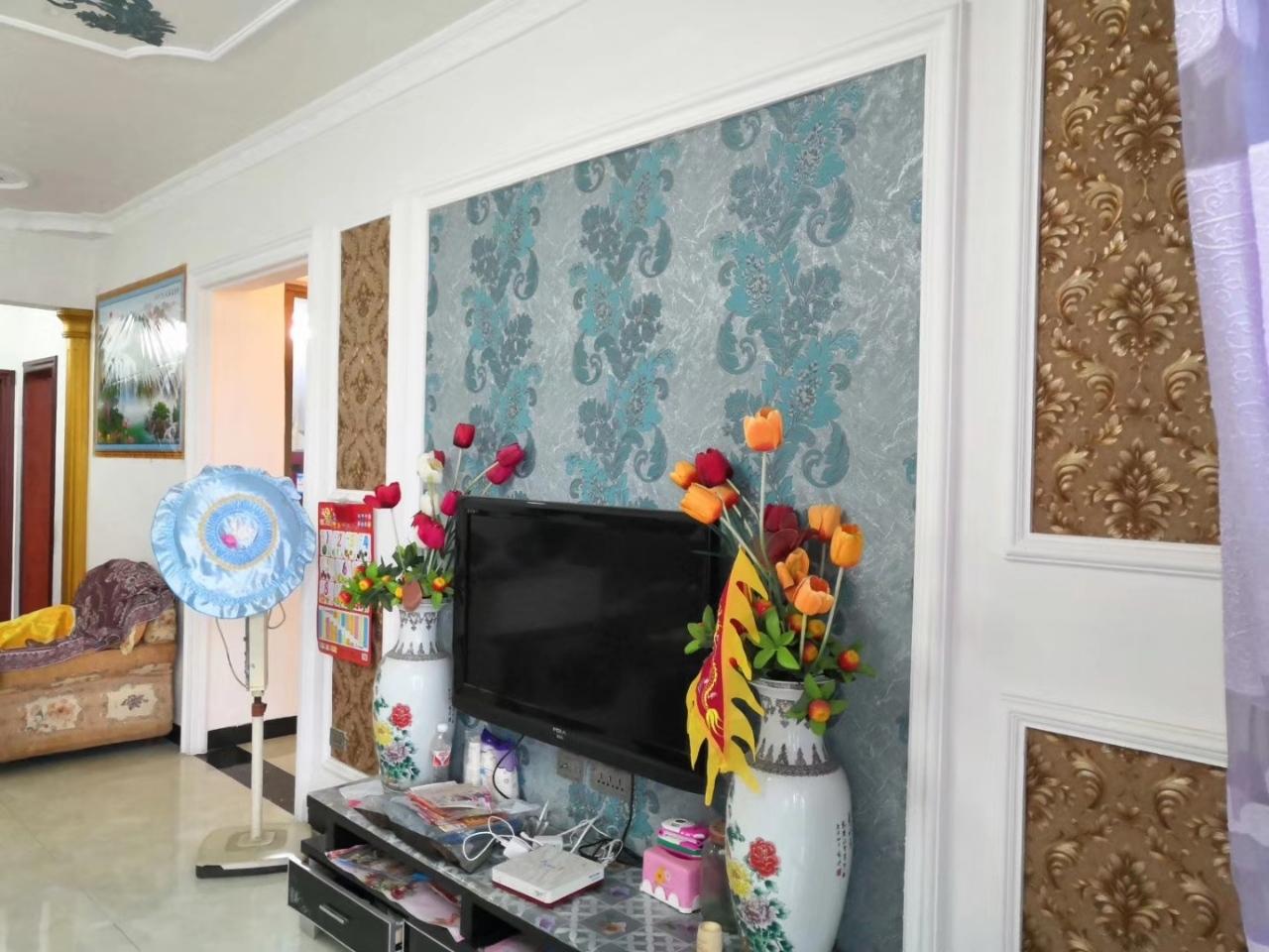 中山商城小区3室 2厅 1卫47.8万元