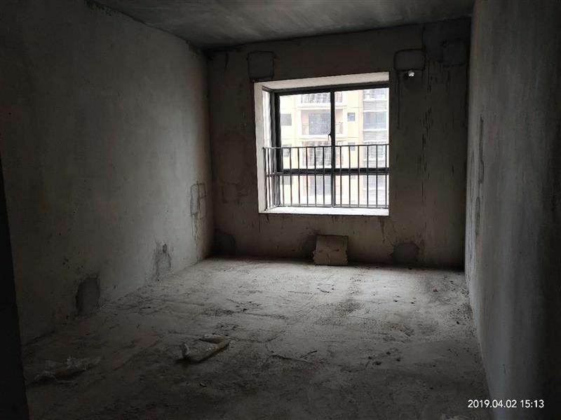 中浩地王4室 2厅 2卫65万元
