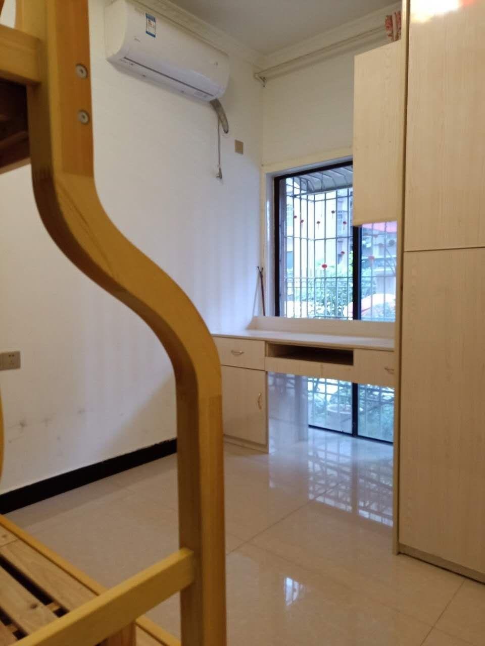 丽都滨河5期3室 2厅 2卫62万元