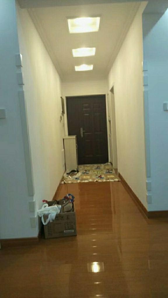 水木清华3室 2厅 2卫150万元