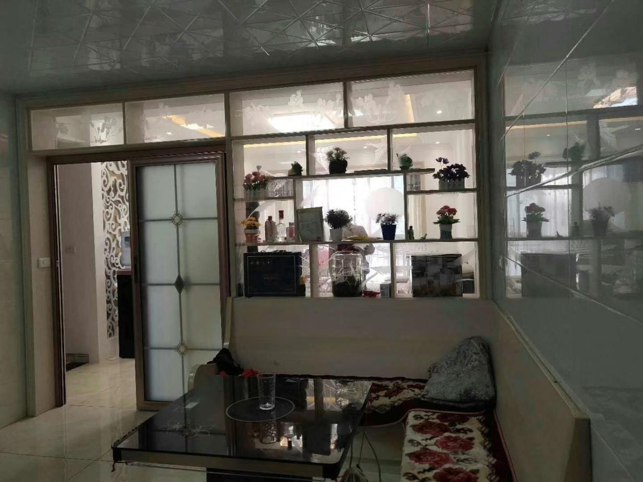 林泉辰龙花园3室 2厅 2卫59.8万元
