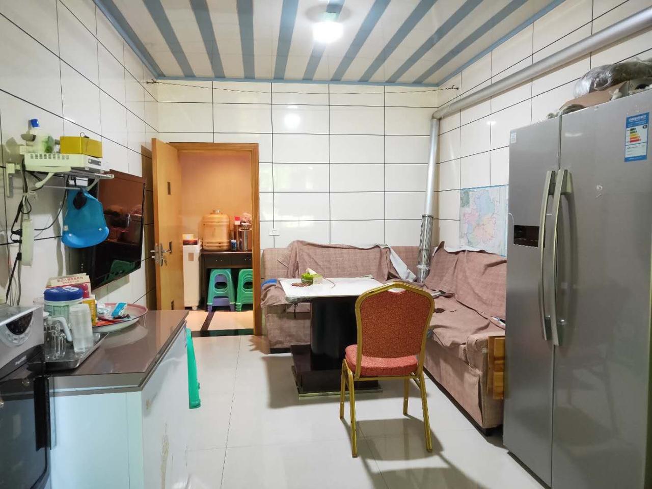 碧桂花园3室 2厅 1卫53.8万元