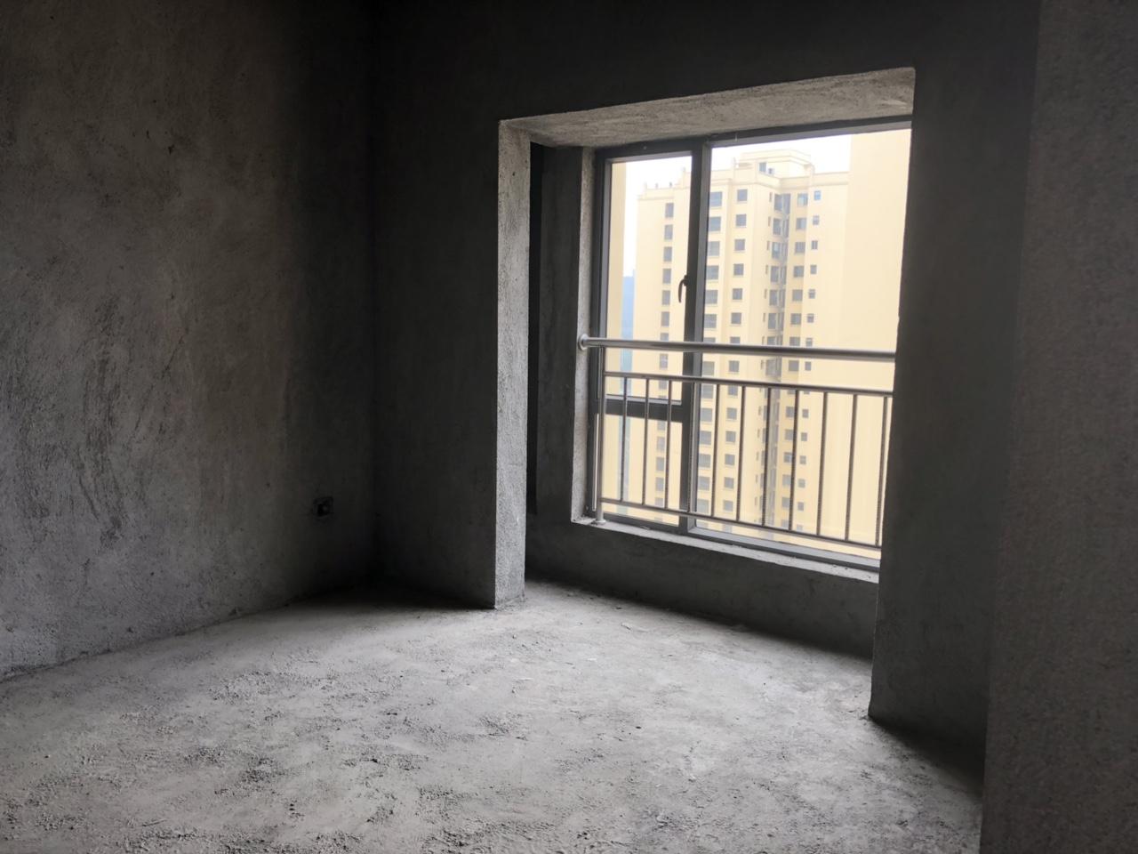 九天慧都龙城3室 2厅 1卫49.5万元