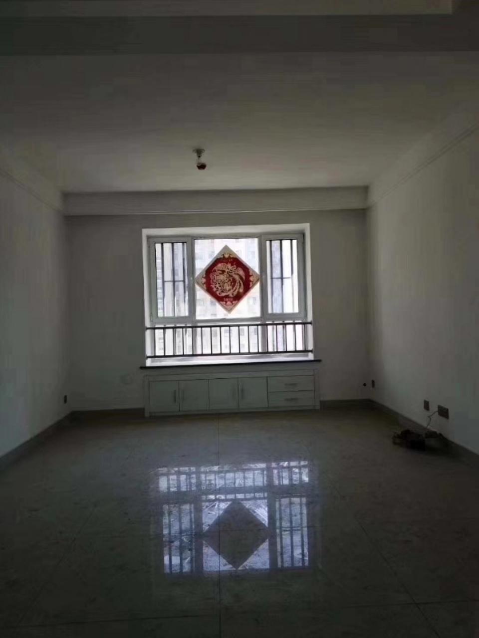 渤海经典3室 2厅 1卫89万元