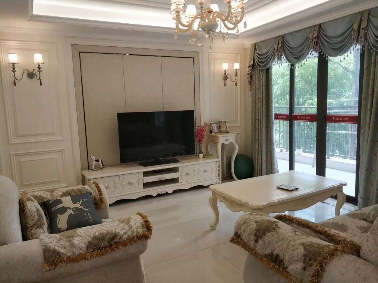 丽雅时代3室 2厅 2卫96万元