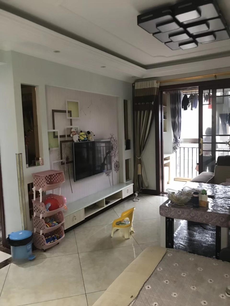 山台山3室 2厅 2卫68万元