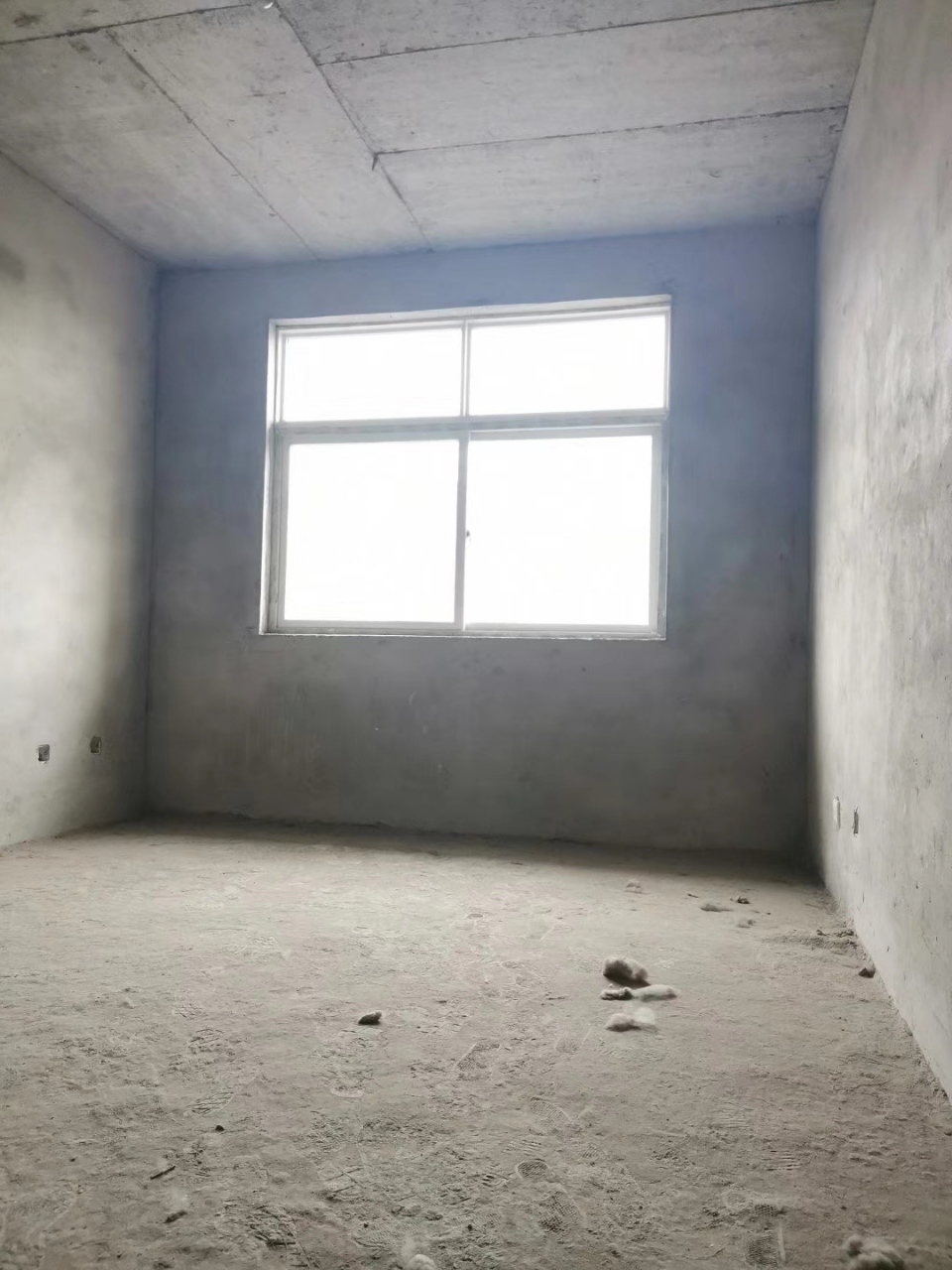 盐业小区附近3室 1厅 1卫30万元