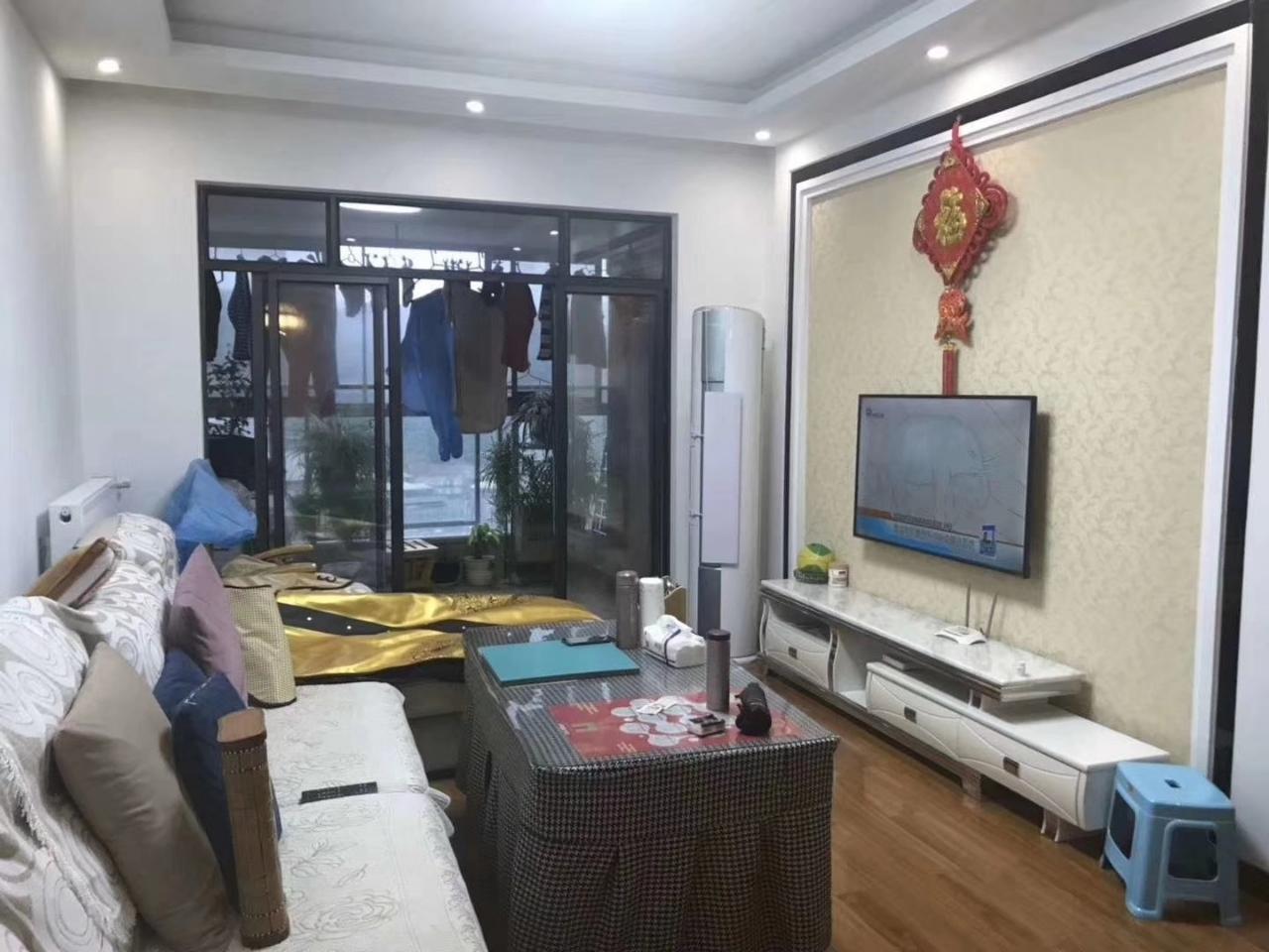 香江半岛2室 1厅 1卫58.8万元