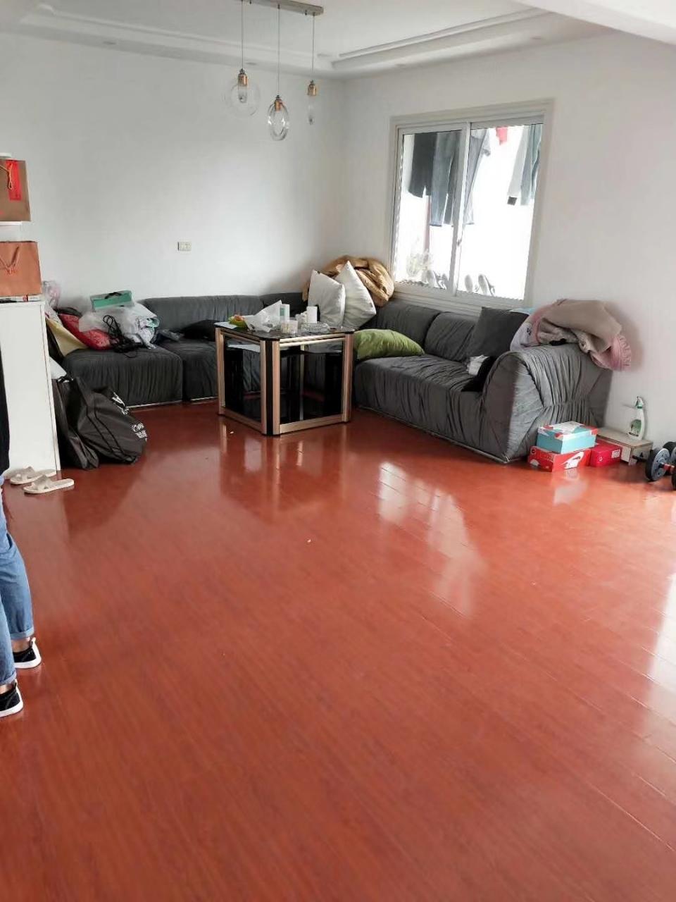 清华园3室 2厅 2卫56.8万元