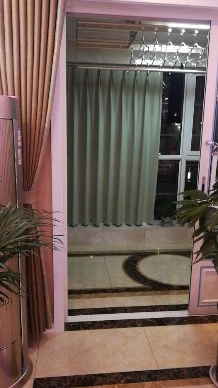 襄县东区大三室新装修楼王位置电梯好楼层
