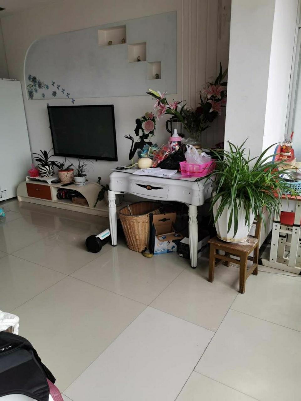 紫江花园4室 2厅 1卫52.8万元