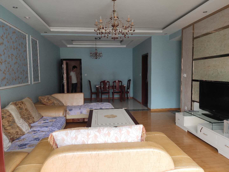 蓝桥翠锦3室 2厅 1卫78万元