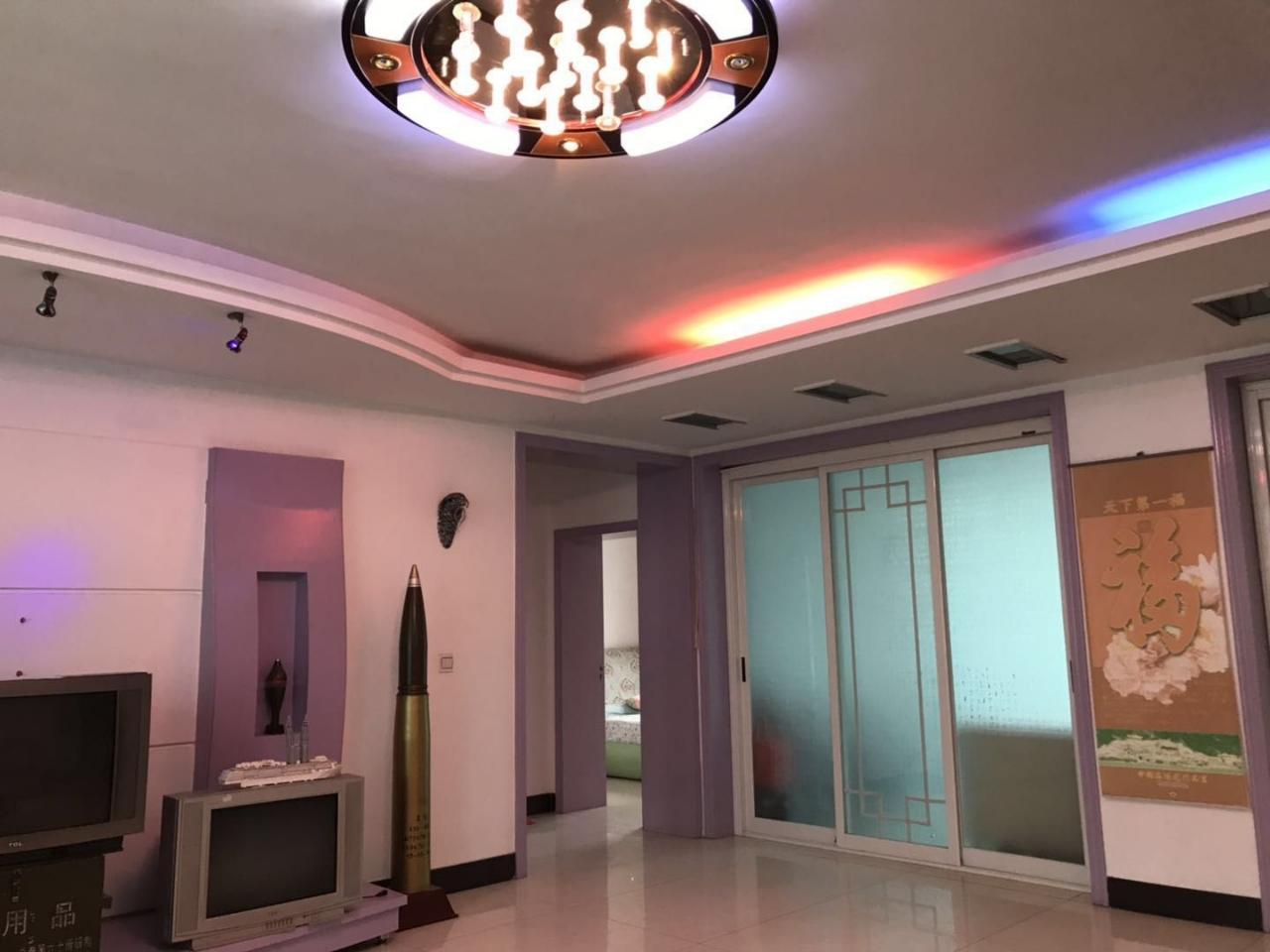 吉鹤苑4室 2厅 2卫58万元
