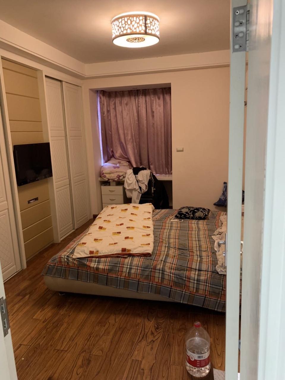 捡漏了锦绣136平精装4室2厅2卫145万元满二
