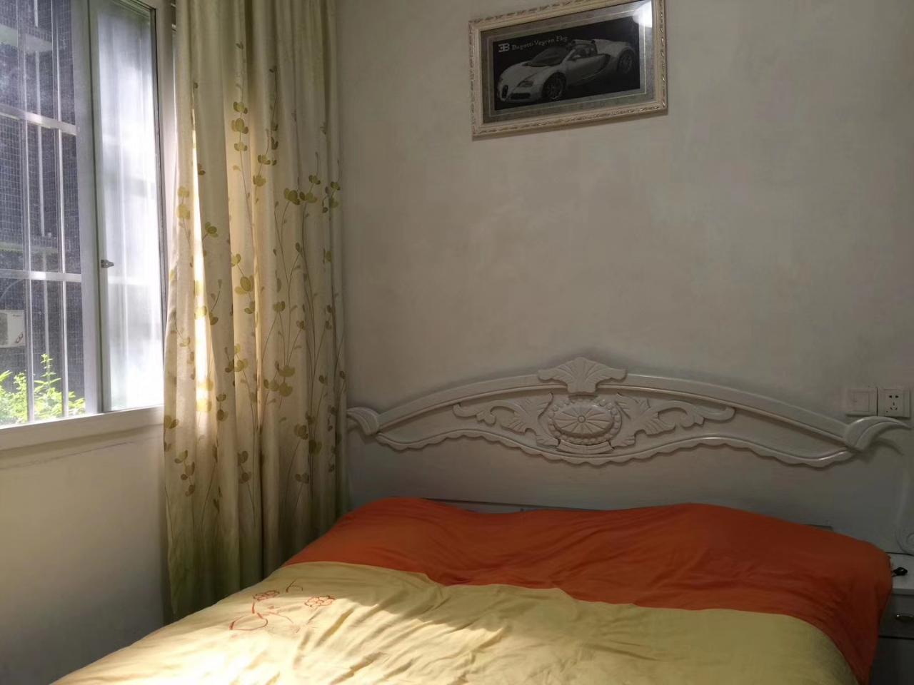 阳光花园2室 2厅 2卫61万元