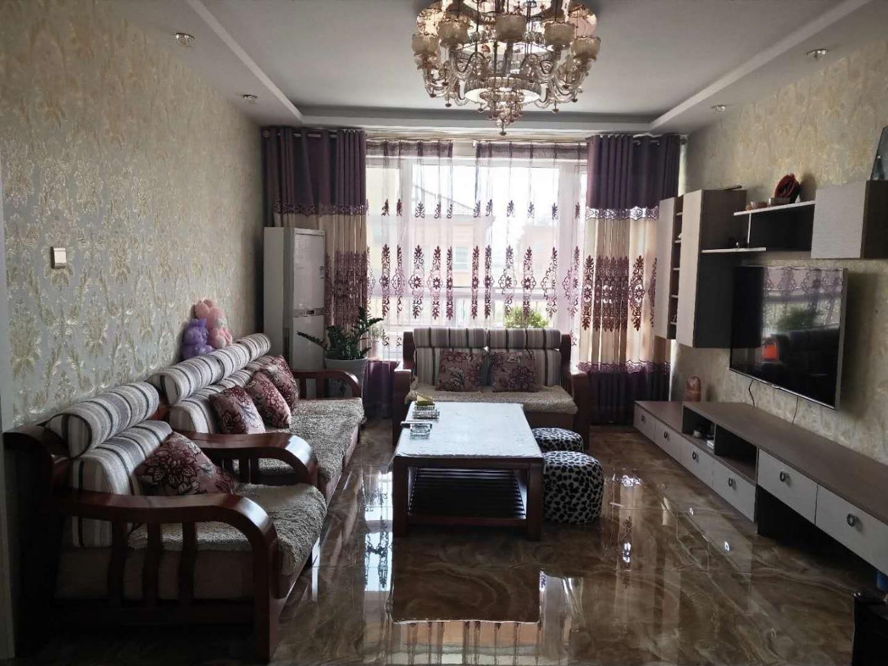 航天家园4室 3厅 2卫118万元