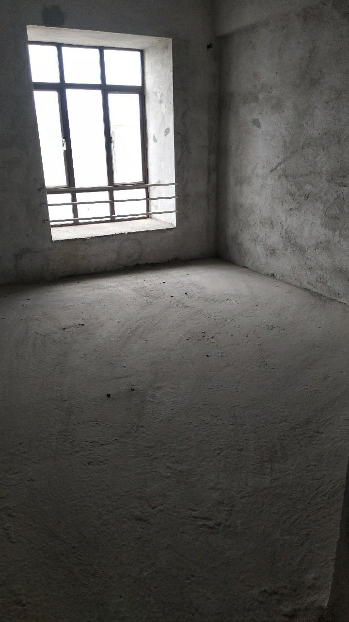 683号贡江雅院3室 2厅 2卫85万元