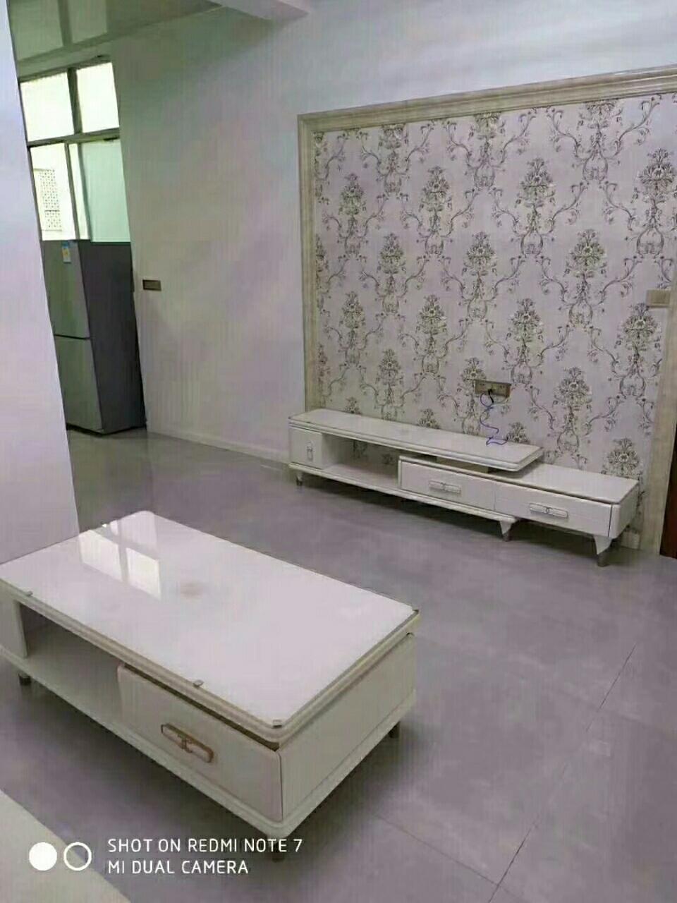 人大宿舍3室 2厅 1卫29.8万元