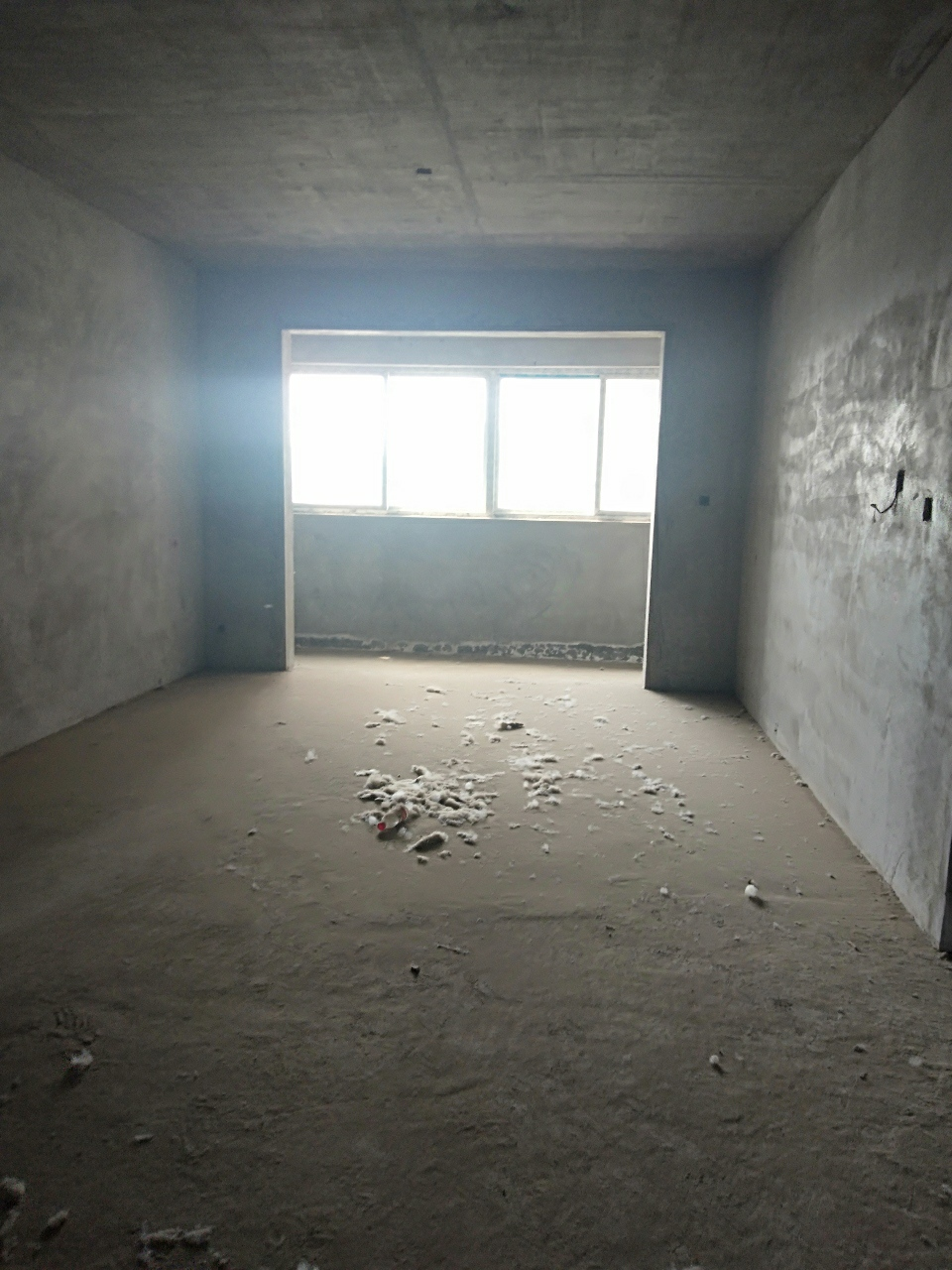 中侨·名都3室 2厅 1卫47万元