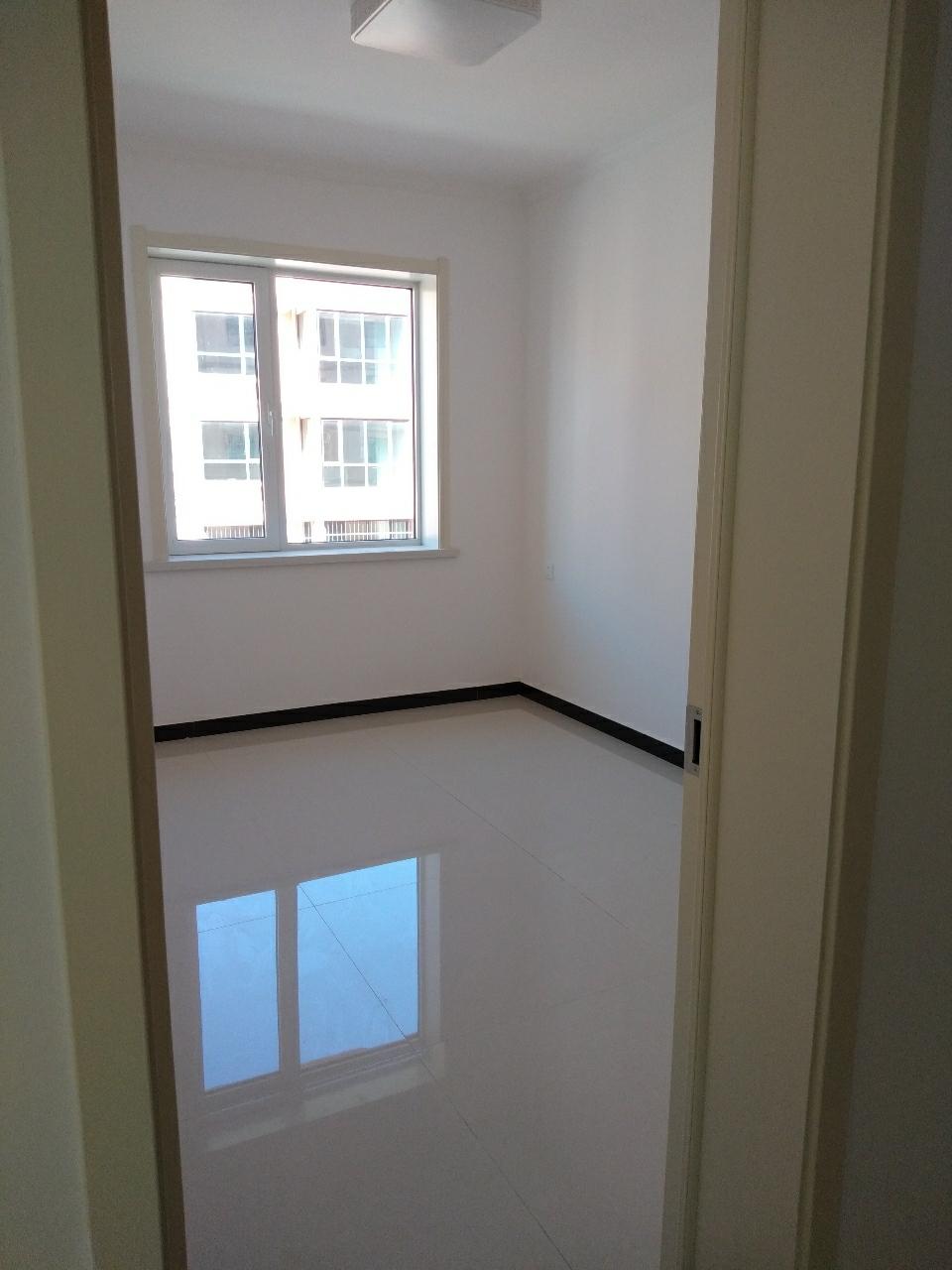 俪景湾2室 2厅 1卫35万元