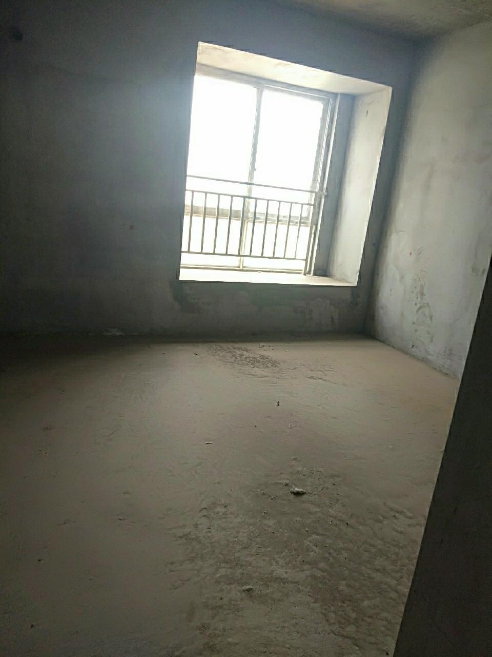 金福苑3室 2厅 2卫47万元
