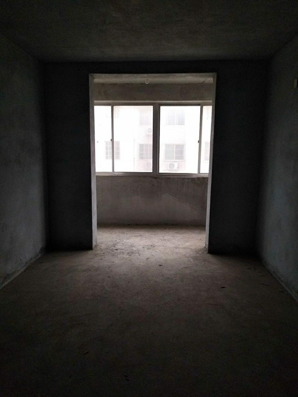 花漾青城2室 2厅 1卫72万元