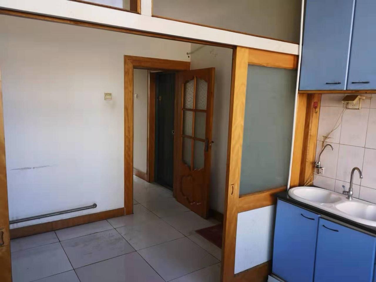 木器廠家屬樓2室 1廳 1衛28萬元