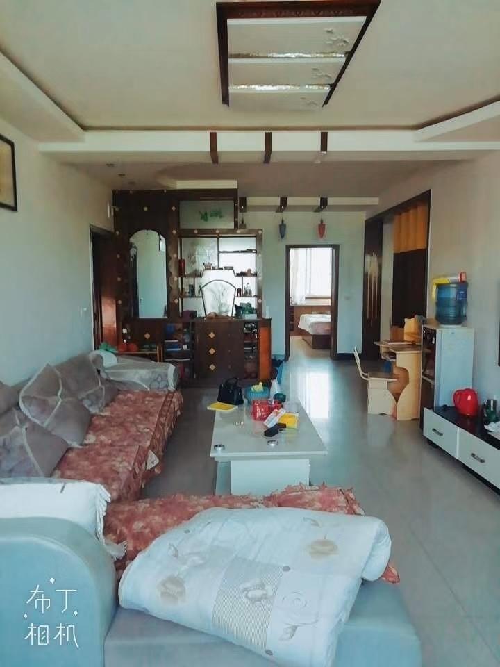 馨福花园3室 2厅 2卫52.8万元