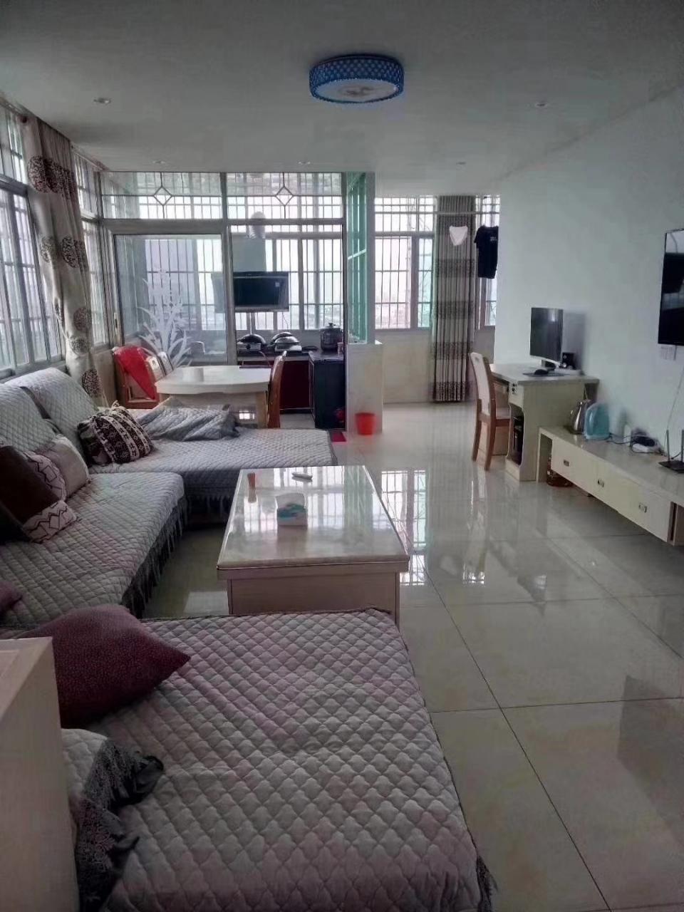 福麒山庄3室 2厅 2卫25.8万元
