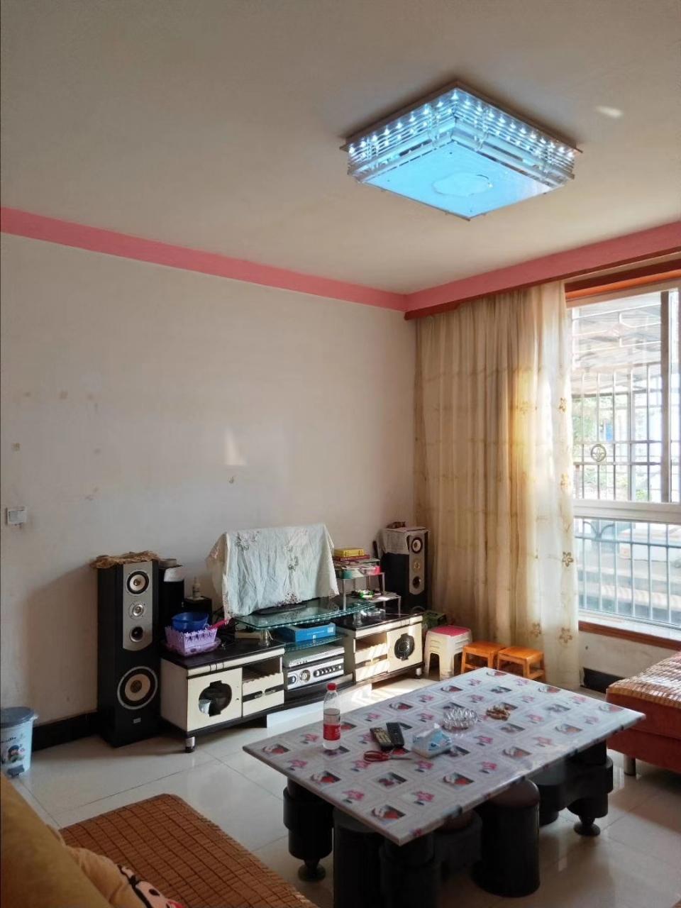 昆仑路口2室 2厅 1卫27.6万元